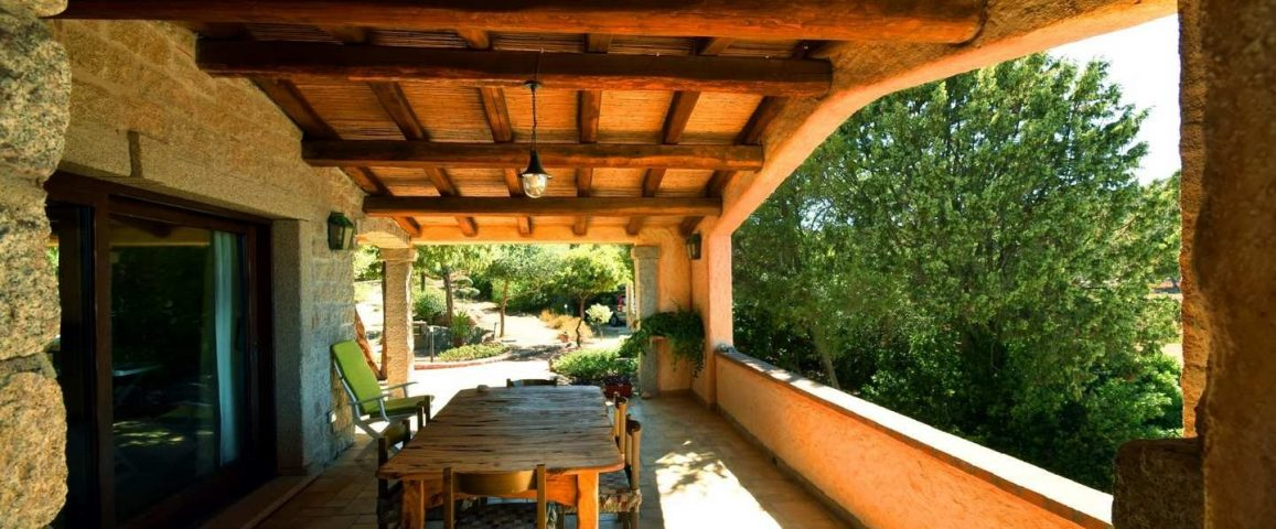 Villa with 1.4 ha park for sale near Porto Cervo – Sardinia