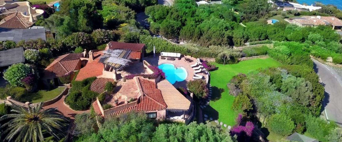 Exclusive villa for sale in Romazzino Porto cervo