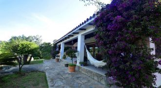 Casa con giardino in vendita Olbia